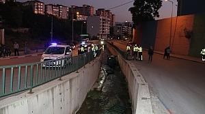 Karabük'te kanala düşen otomobilin sürücüsü yaralandı