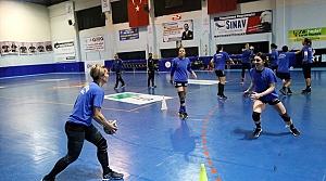 Kastamonu hentbol takımı Avrupa'da ilklerin peşinde