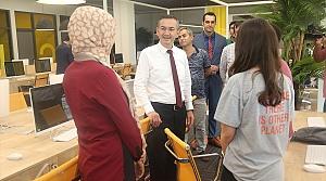Rektör Akdoğan, üniversitede incelemelerde bulundu