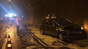 Rize'de tünelde meydana gelen zincirleme trafik kazasında 6 kişi yaralandı