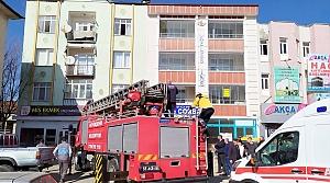 Samsun'da apartmanda çıkan yangında bir kişi dumandan etkilendi