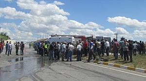 Samsun'da hafif ticari araç ile traktör çarpıştı: 9 yaralı
