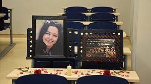 Sınıf arkadaşları Ceren'in doğum gününü unutmadı