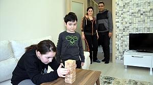 Sokakta oynanan geleneksel oyunlar ailelerin evde vakit geçirme aracı oluyor