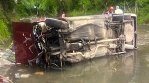 Zonguldak'ta şarampole devrilen otomobilin sürücüsü öldü