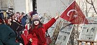 """Bayburt'ta """"28 Şubat'ın Manşetleri"""" sergisi"""