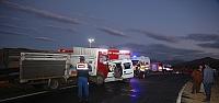 Bayburt'ta kamyon ile otomobil çarpıştı:...