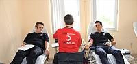 Cezaevi personelinden kan bağışı