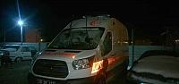 Gümüşhane'de ambulans devrildi: 3 yaralı