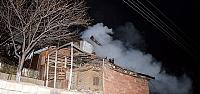 Tokat'ta çıkan yangında 3 ev kullanılamaz...