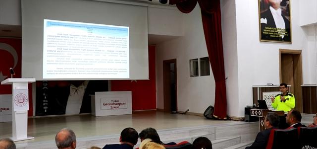 """Tokat'ta başıboş hayvanlar için """"sorumluluk"""" projesi"""