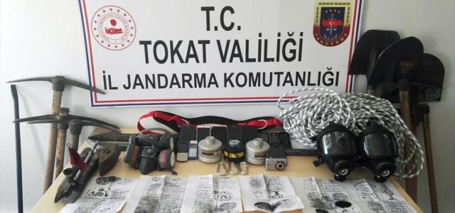 Tokat'ta kaçak kazı yapan 9 kişi yakalandı