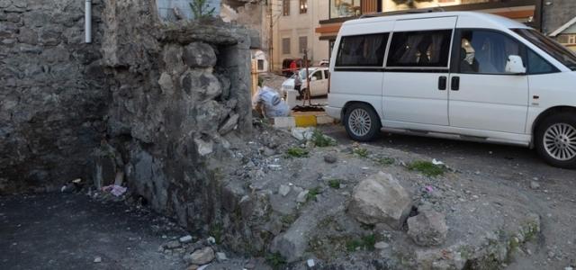 Trabzon'daki 720 yıllık surlar koruma altına alındı!