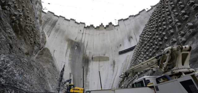 Türkiye'nin en yüksek barajının gövde yüksekliği 265 metreye ulaştı