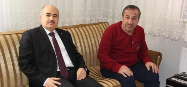 Vali Dağlı'dan Başkan Çam'a geçmiş olsun ziyareti