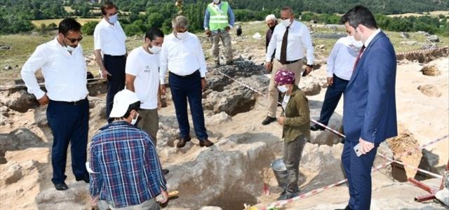 Vali Gürel, Hadrianoupolis Antik Kenti'nde incelemelerde bulundu