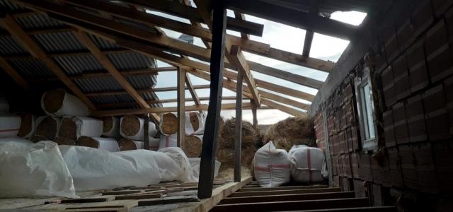 Yağlıdere ilçesindeki fırtına hasara neden oldu