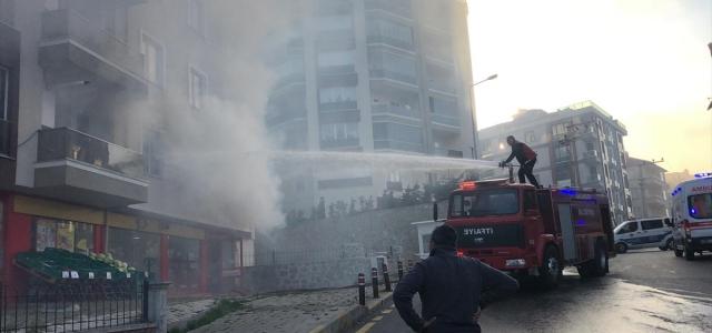 Yangında paniğe kapılan kişi 2'nci kattan atladı