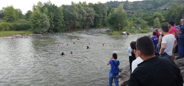 Zonguldak'ta serinlemek için gölete giren çocuk boğuldu
