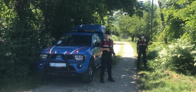 Zonguldak'ta tartıştığı kardeşini ve yeğenini silahla öldürdüğü iddia edilen şüpheli yakalandı