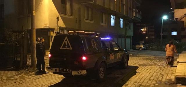 Zonguldak'taki ev yangınında 3 kişi dumandan etkilendi